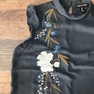 belle vere Tops - High neck floral tank top